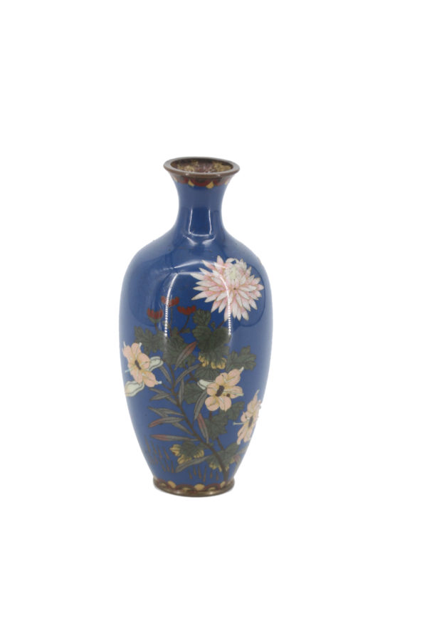 Cloisonné Enamel vase decorated with chrysanthemums